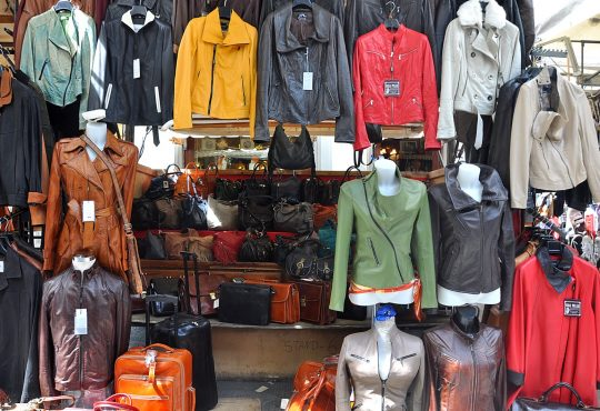 Top 5 Websites Reviews to Buy Leather Jackets