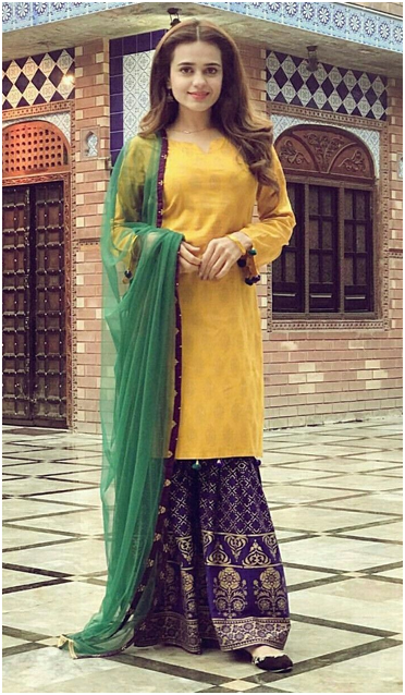 Top 10 Pakistani Mehndi Dresses 2019 for Wedding Brides